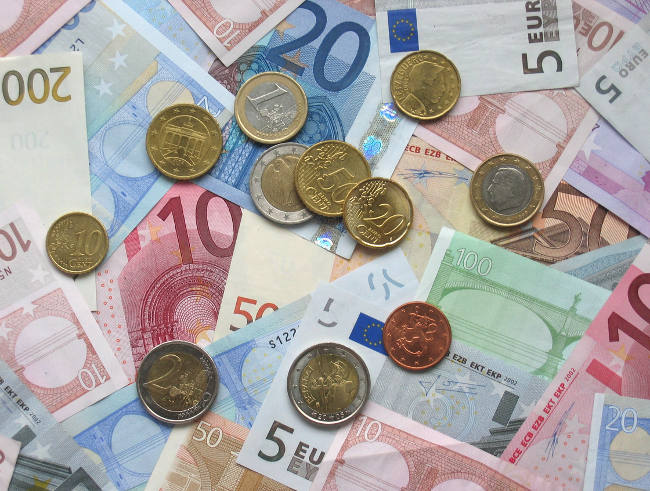 Transferir dinero a Australia (imagen de euros)