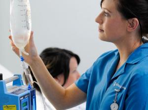 El Colegio de Enfermeras en Australia elimina los bridging courses